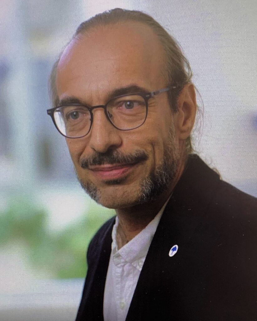 Prof. Dr. András Dinnyés